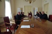 La subdelegada aborda con Aerprol y CEL el problema de los robos
